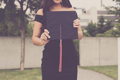 graduation-2613180__340