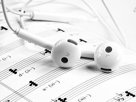 music-1874621__340